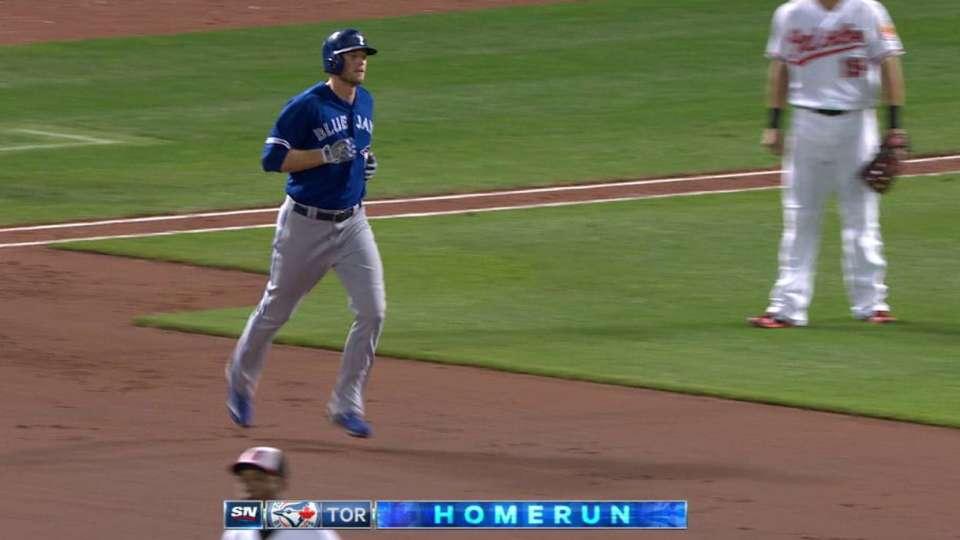 Saunders' two-run home run