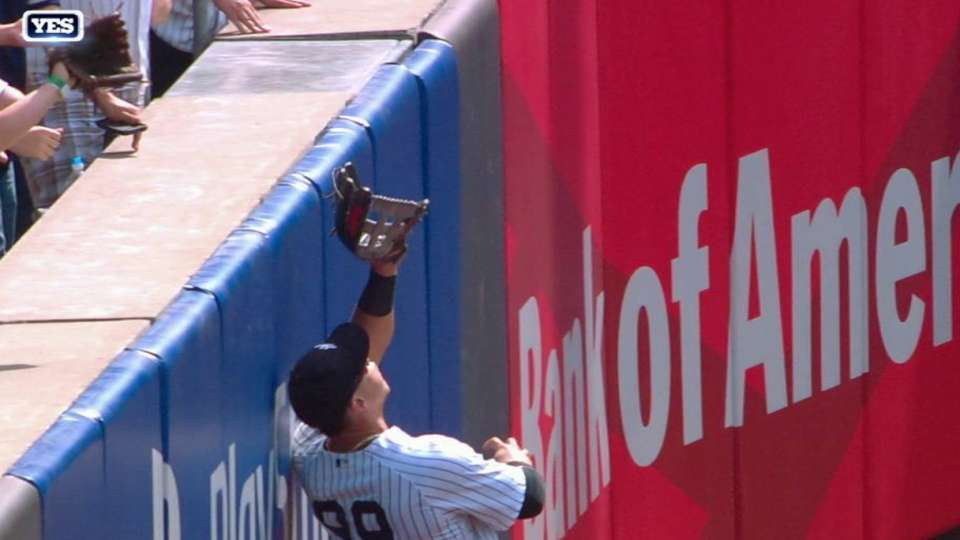 Judge's catch at the wall