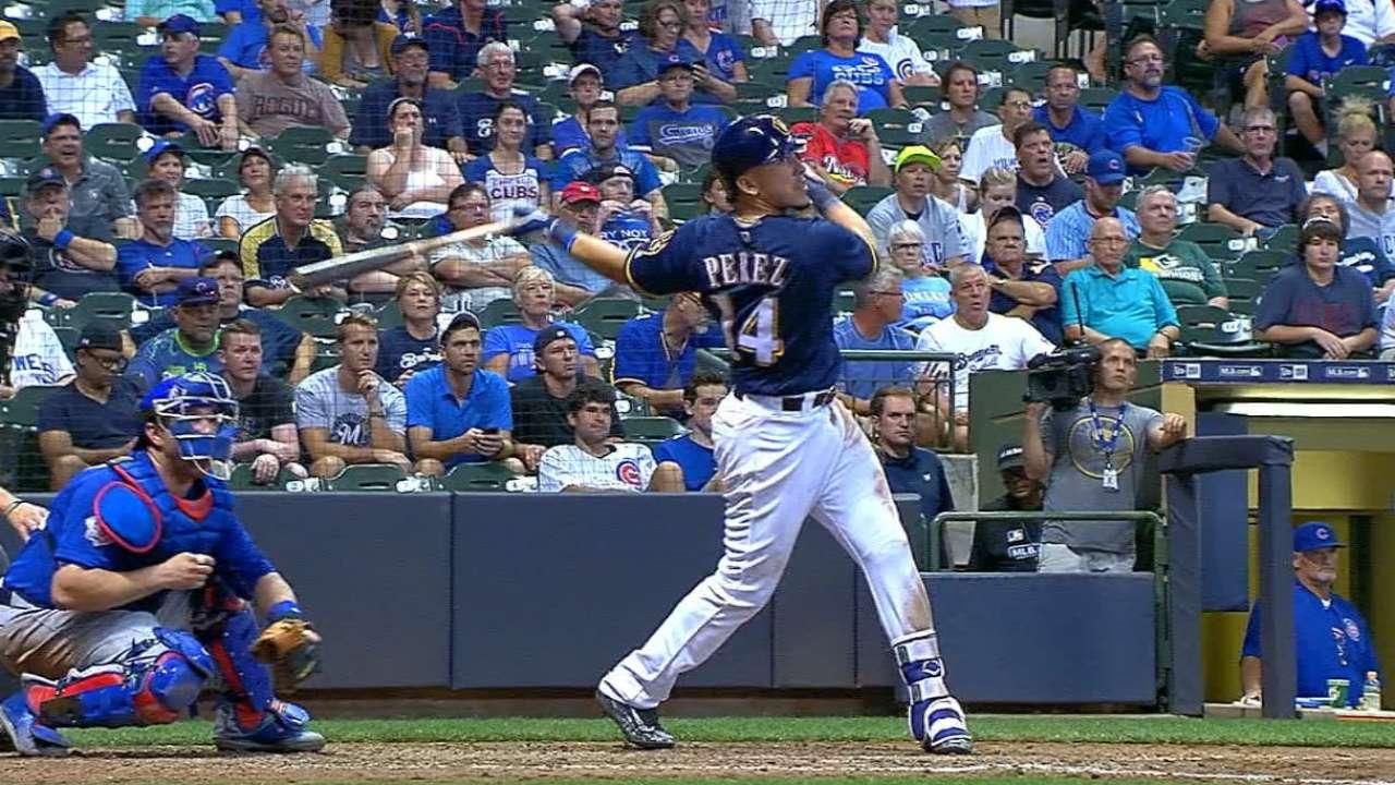 ded8d5d2826 Ryan Braun has 4 RBIs in Crew s win over Cubs