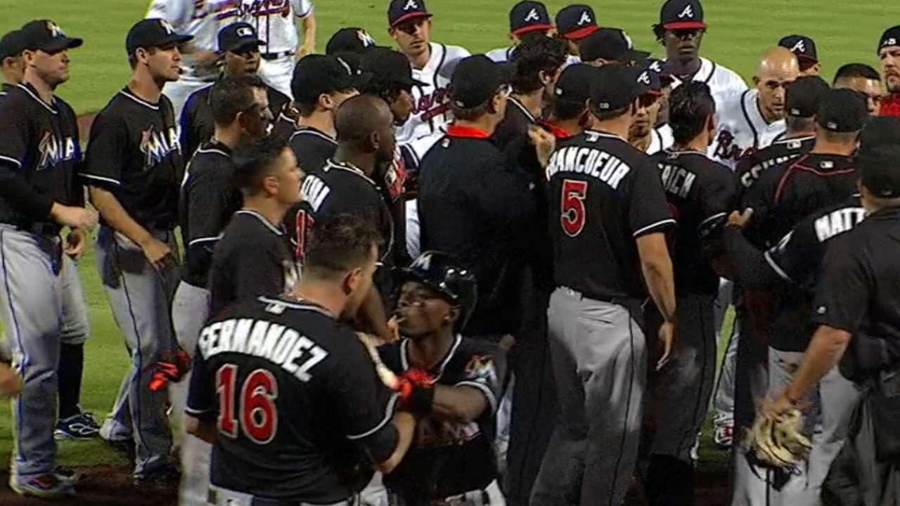Braves mourn Fernandez at Marlins Park  2186dc78c