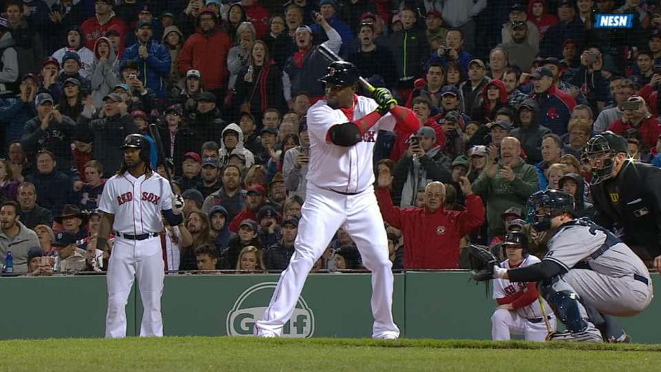Papi's homer gives Sox the lead