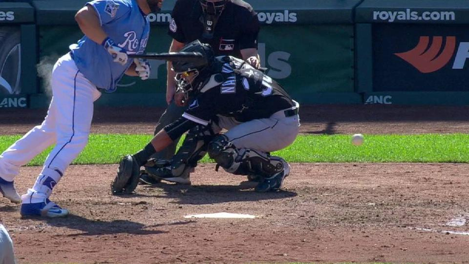 Kendrys Morales hit by pitch.    Eric Hosmer to 2nd.