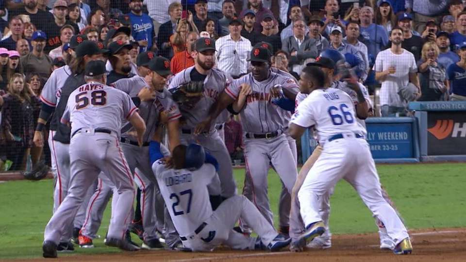 Benches clear in the 7th
