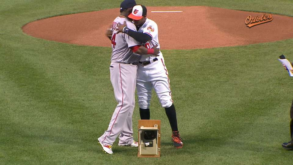 Ortiz honored by Orioles