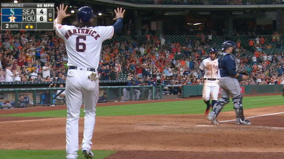 Astros plate six in the 6th