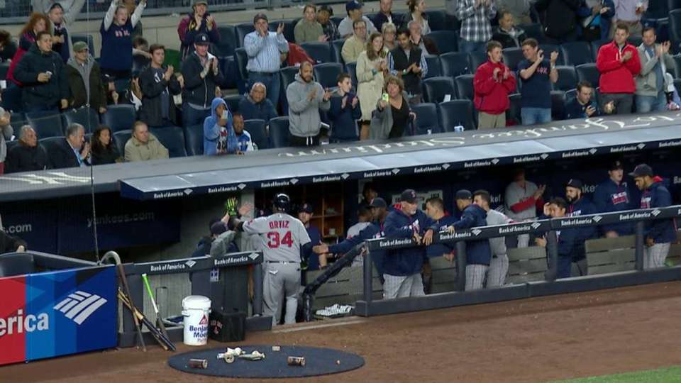 Ortiz exits to ovation