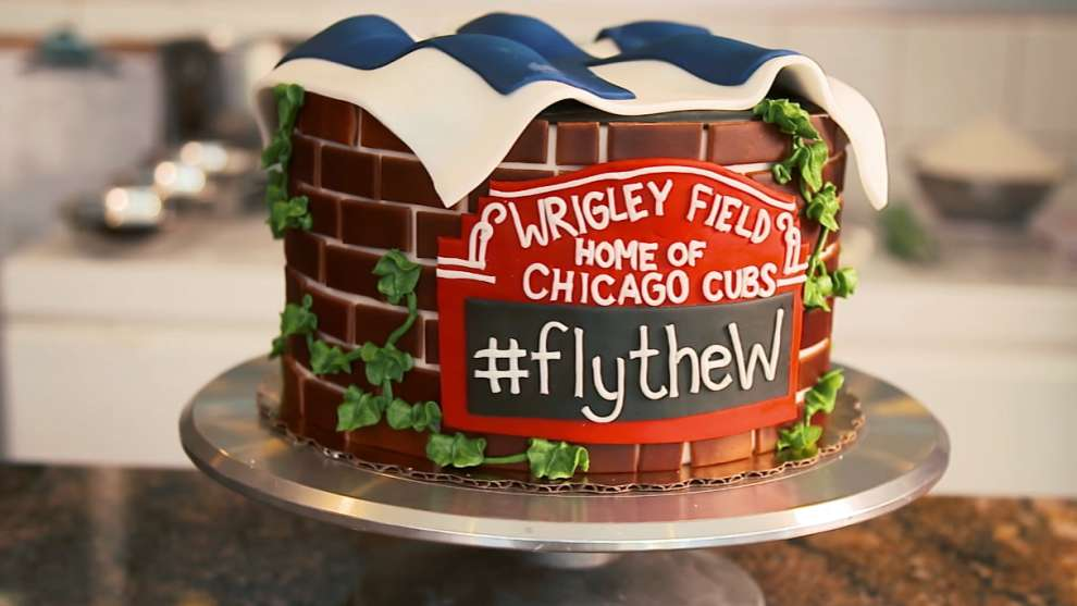 Flythew Cake 10062016 Chicago Cubs