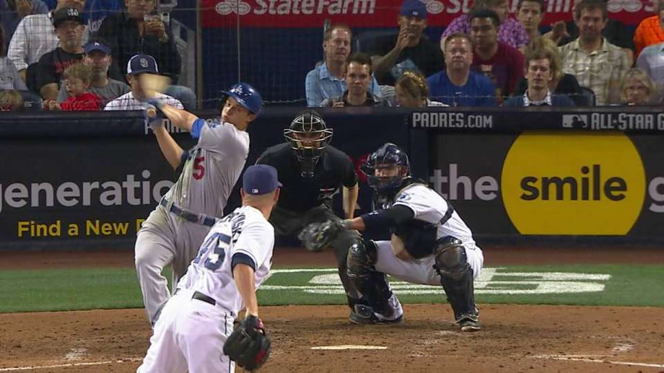 Seager's two-run single