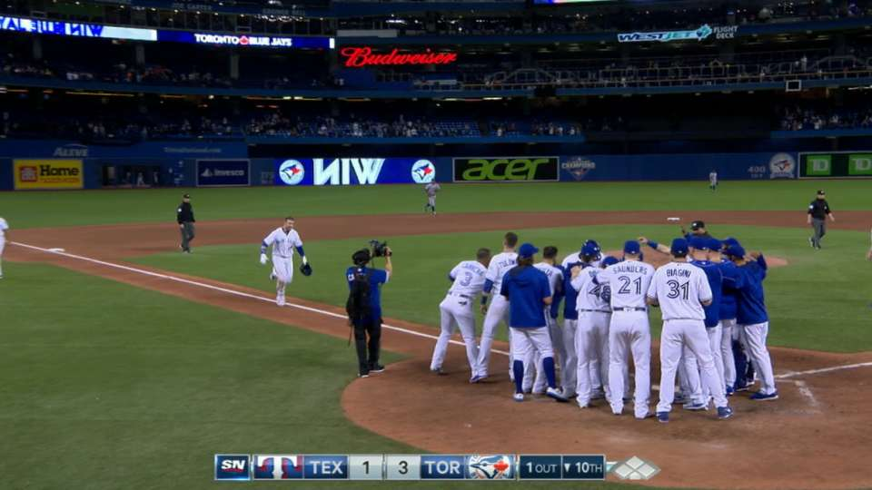 Smoak's two-home run game