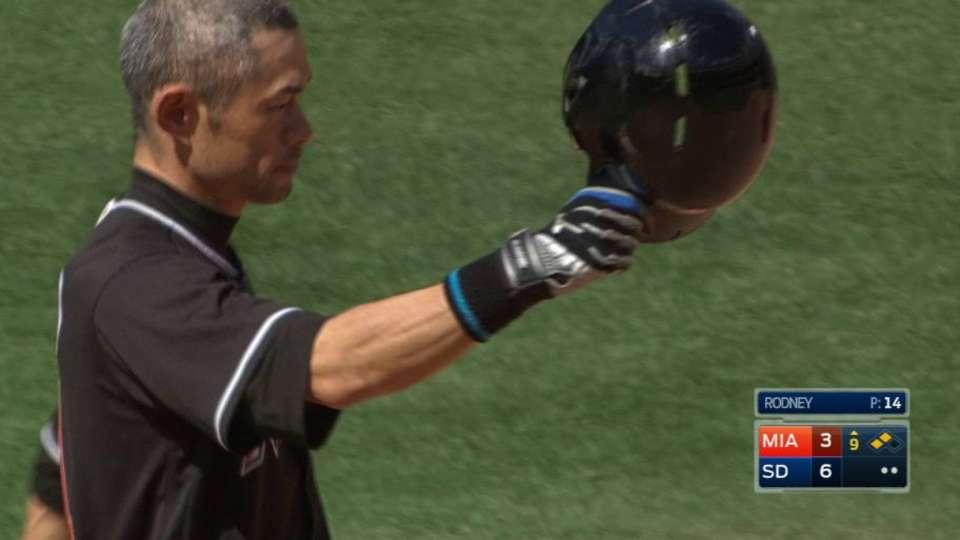 Ichiro's historic hit No. 4,257