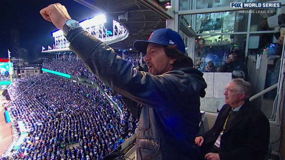 Vedder leads Wrigley in song