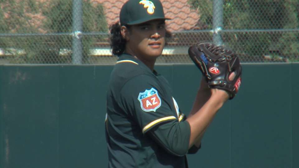 Athletics to call up Manaea