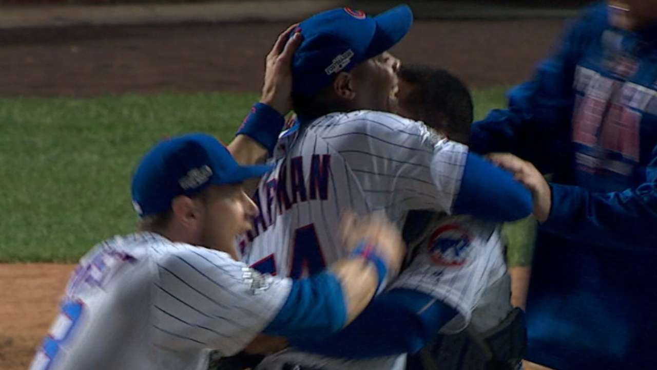 b9f0ca34ad6 Chapman sends Cubs to Series