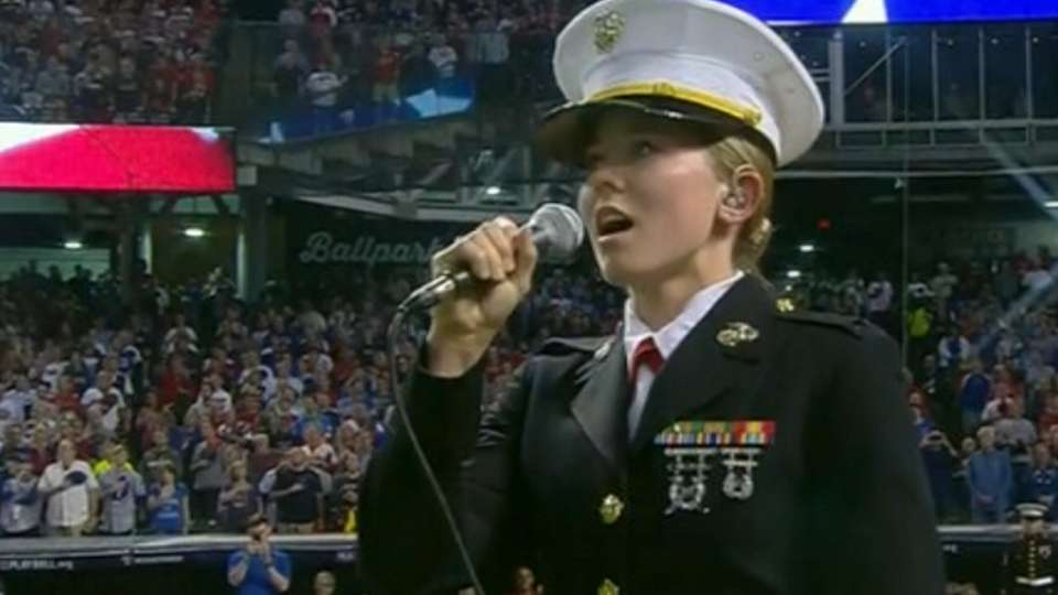 Marine sings 'God Bless America'