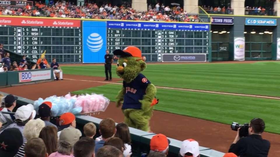 Orbit steals cotton candy