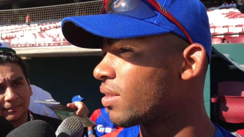 Yoelkis Cespedes on his team