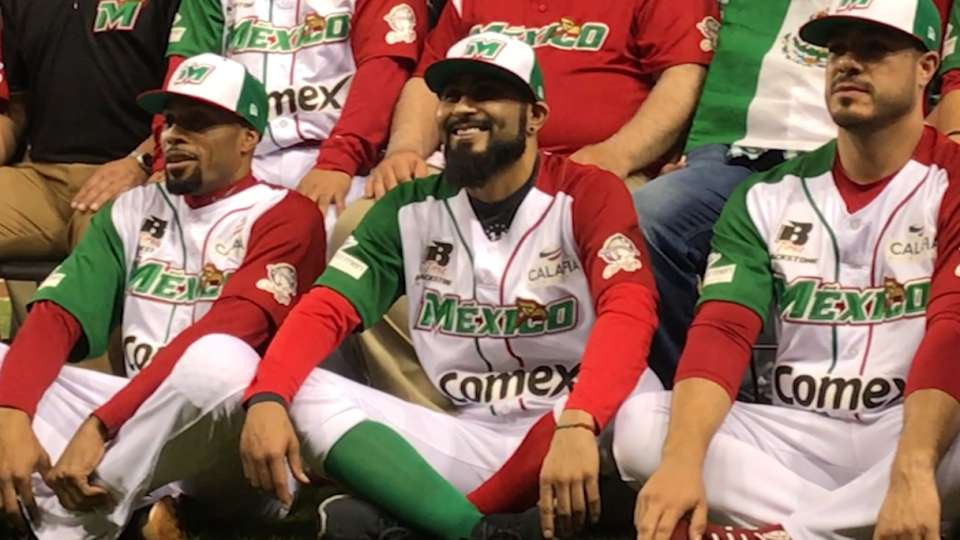 Romo contento en Mexico