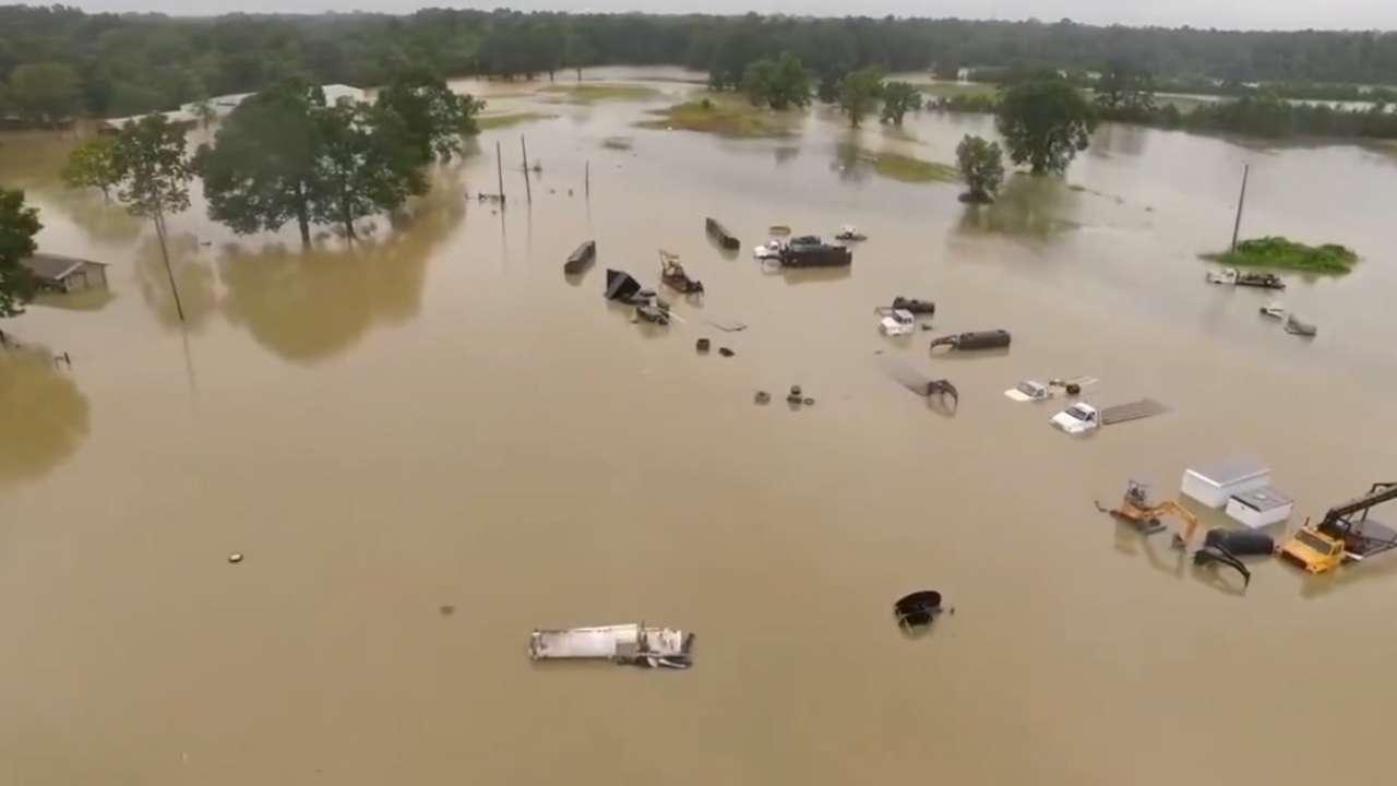 Denham Springs Ballplayers Regroup After Flood Mlb