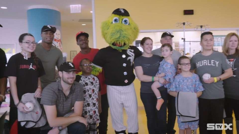 Sox visit Lurie patients