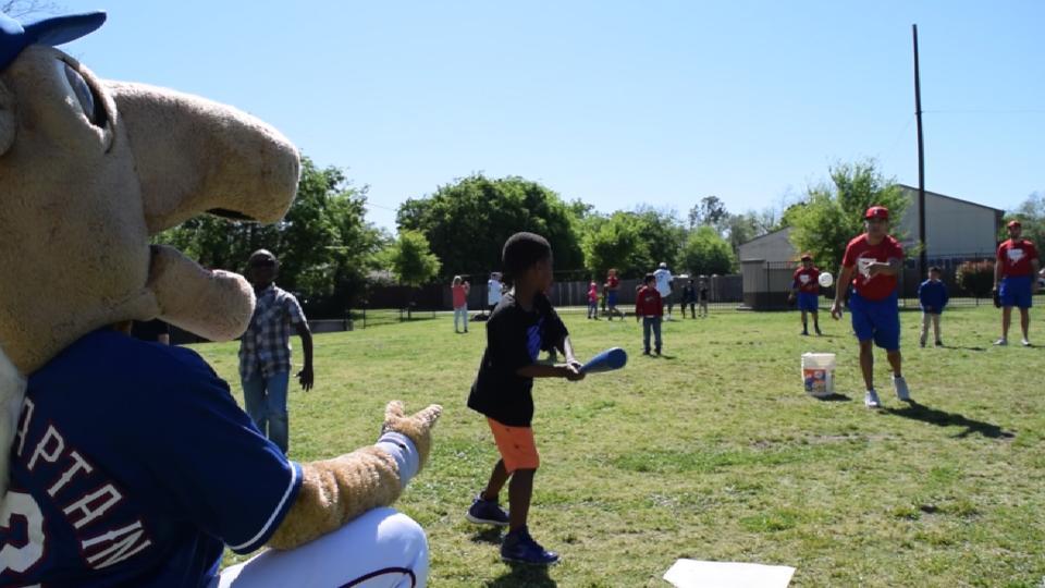 Ranger host Play Ball event