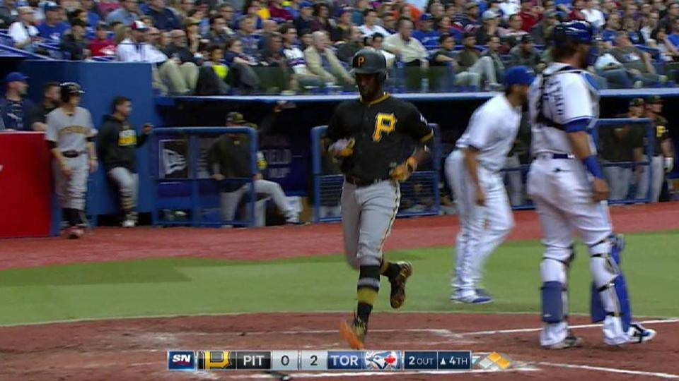 Bell's RBI single to right