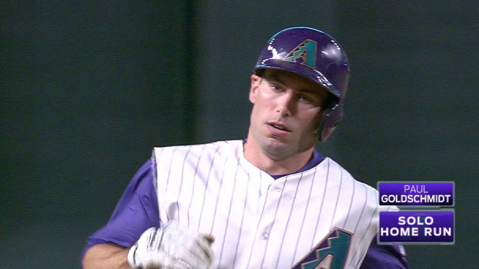 Goldschmidt's solo shot to right