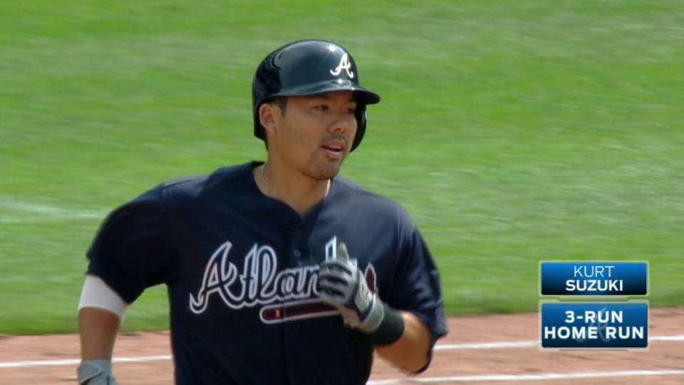 Suzuki's three-run homer