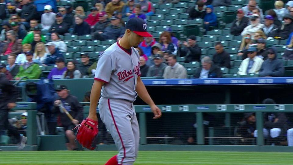 Gonzalez induces a 6-4-3 D-P