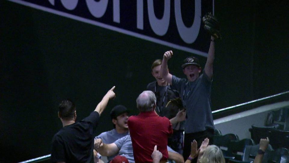 Young fan snags foul ball