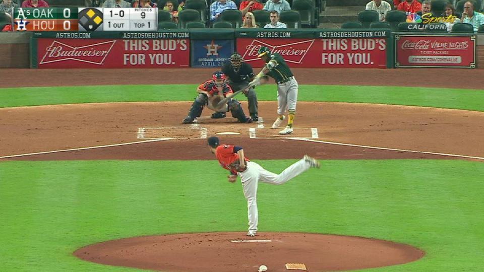 Davis' three-run home run