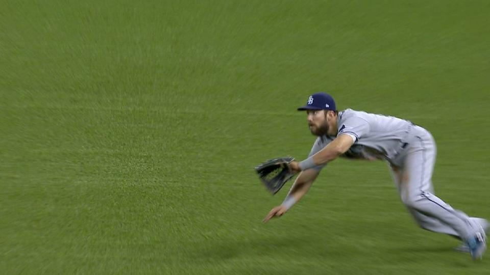 Souza Jr. lays out for a catch