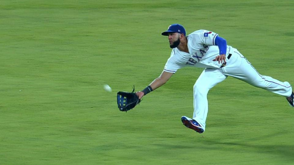Mazara's run-saving diving catch