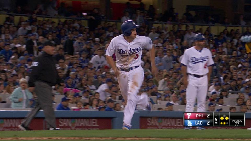 Grandal's sacrifice fly
