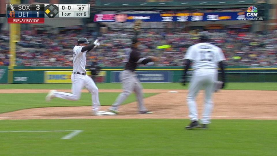 Anderson throws out Castellanos