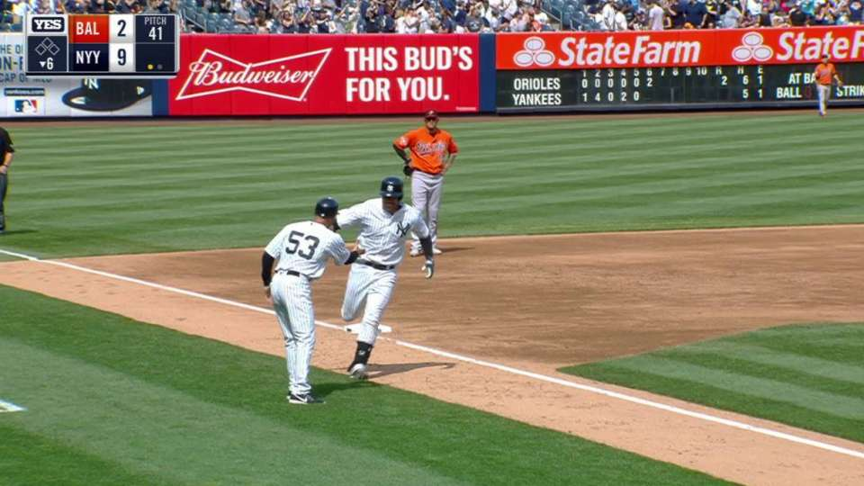 Romine's homer extends the lead