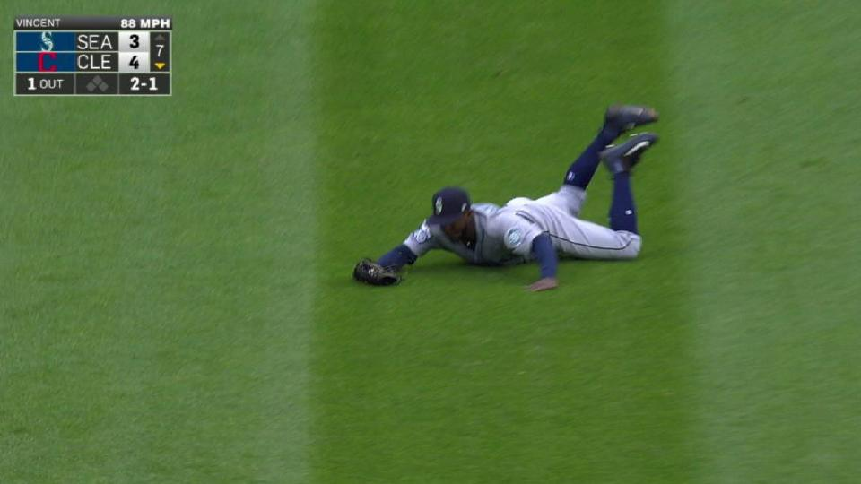 Heredia's diving catch