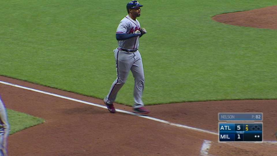 Kemp's two-run home run