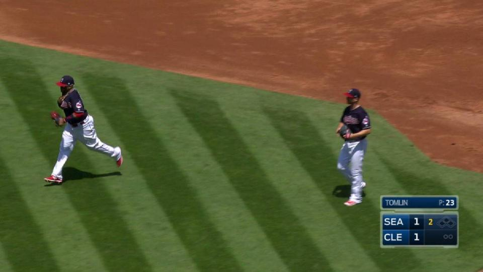 Santana turns 3-6-3 double play