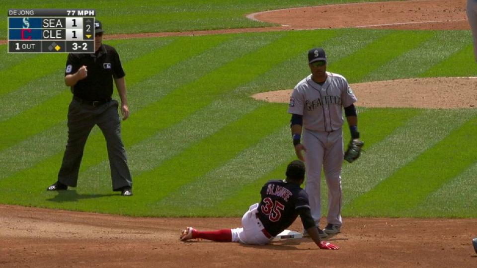 Ruiz nabs Almonte at second