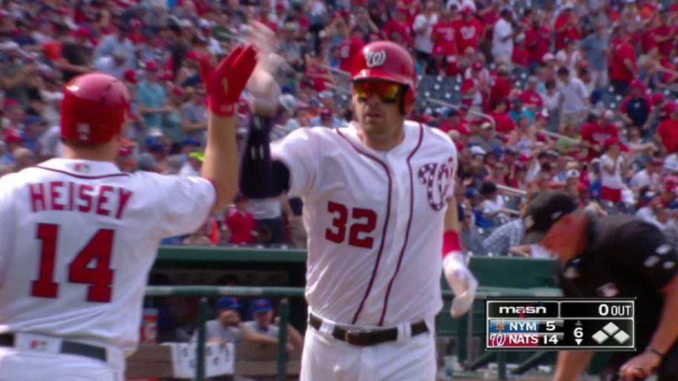 Wieters' solo home run