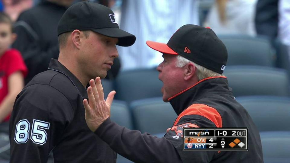 Showalter ejected after balk