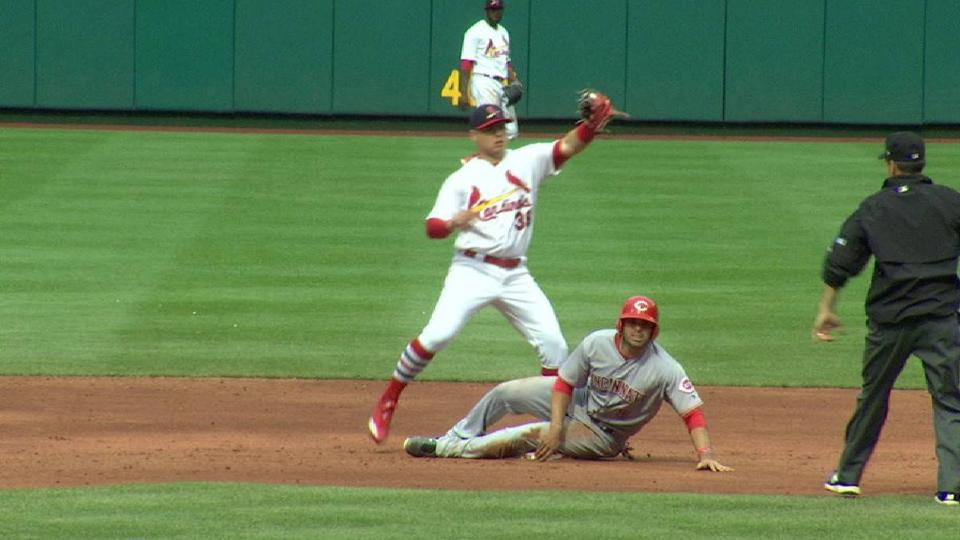 Peraza swipes second in the 9th