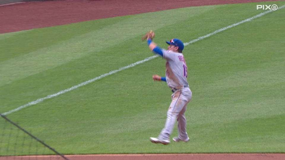 Reynolds' leaping catch