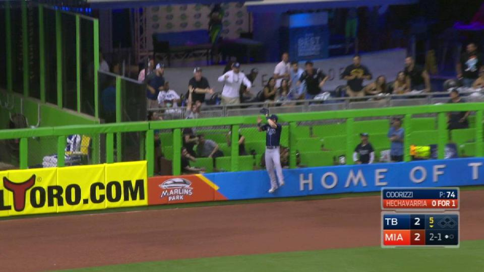 Dickerson's leaping grab at wall