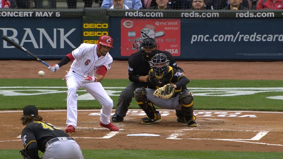 Hamilton lifts Reds to win