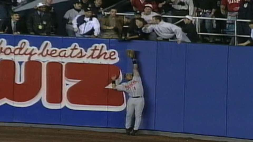 Jeter's Maier-assisted home run