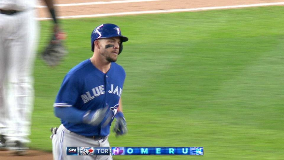 Pearce's solo homer to left