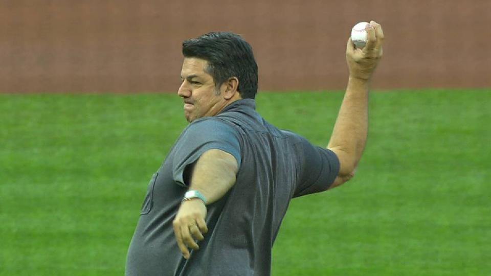 Tom Pagnozzi throws first pitch