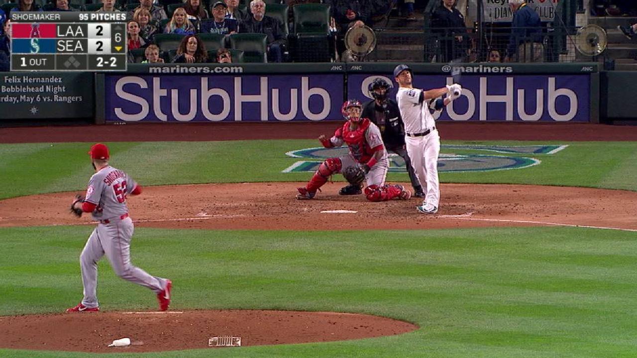 Valencia's solo home run