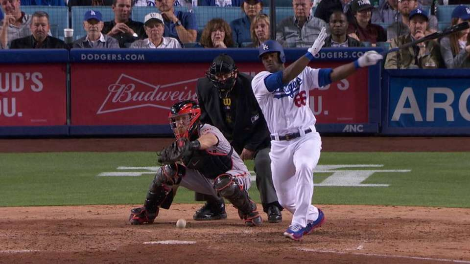 Puig's second two-run single
